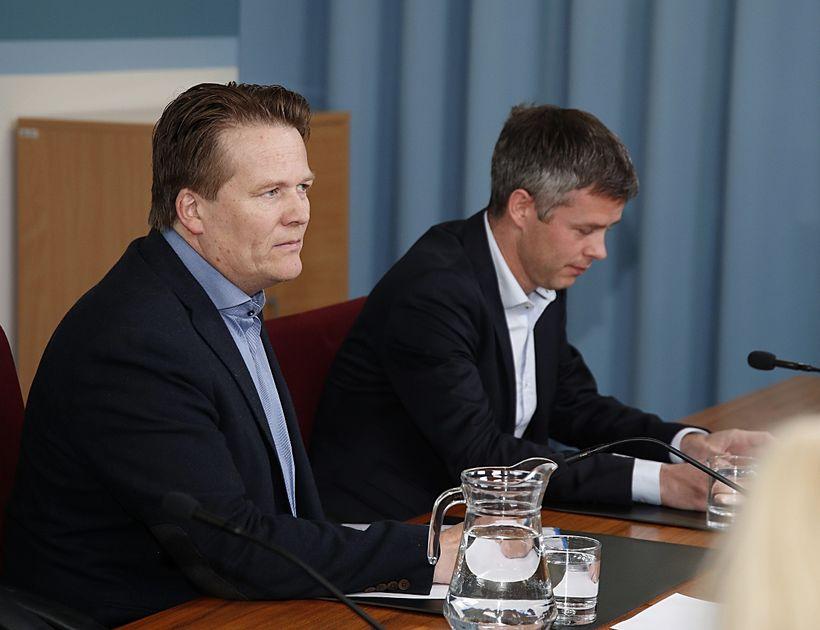 Hallgrímur Óskarsson, til vinstri, og Eiríkur Jónsson á fundinum.