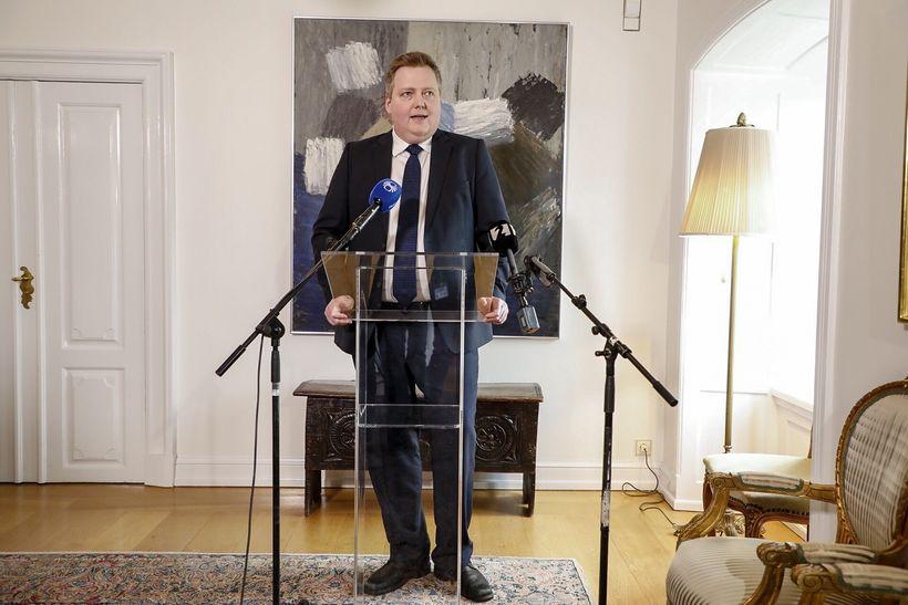 Sigmundur Davíð Gunnlaugsson, leader of the Center Party speaks to ...