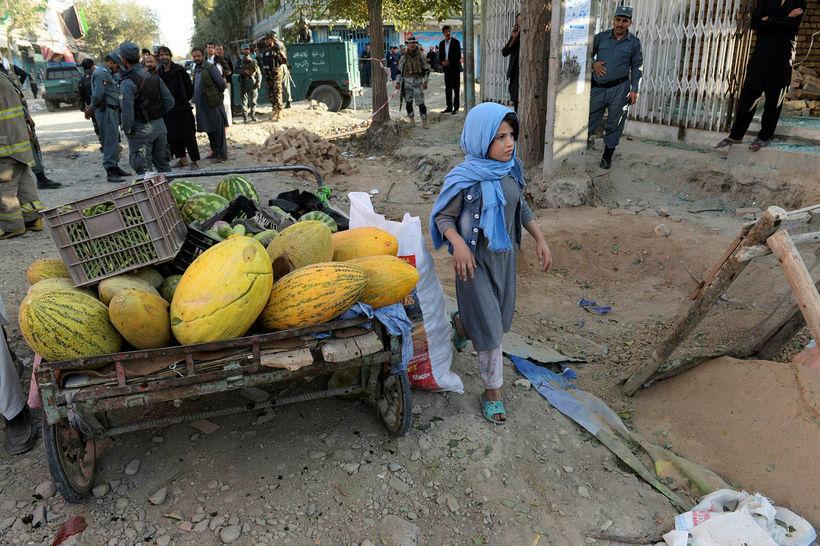 Afganistan er öruggt svæði fyrir þessa afgönsku stúlku en ekki ...