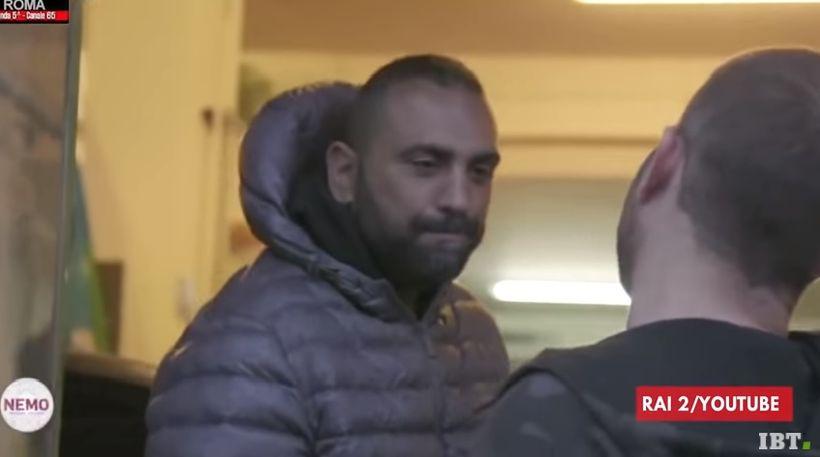 Roberto Spada og Daniele Piervincenzi nokkrum andartökum fyrir árásina.