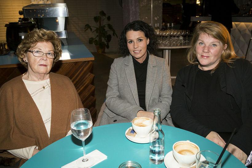 Elísabeta Jónsdóttir, Aðalsteina Gísladóttir og Anna Lilja Flosadóttir.