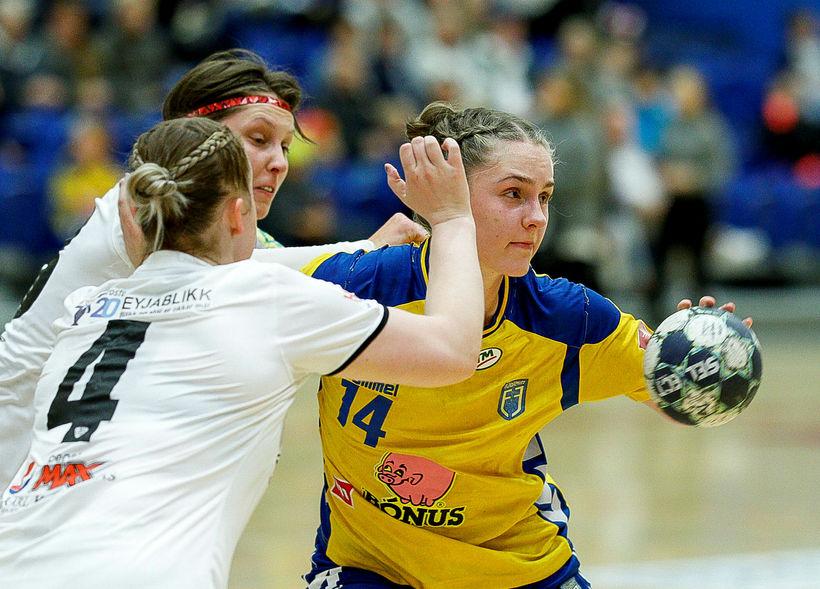 Andrea Jacobsen í leik með Fjölni gegn ÍBV.