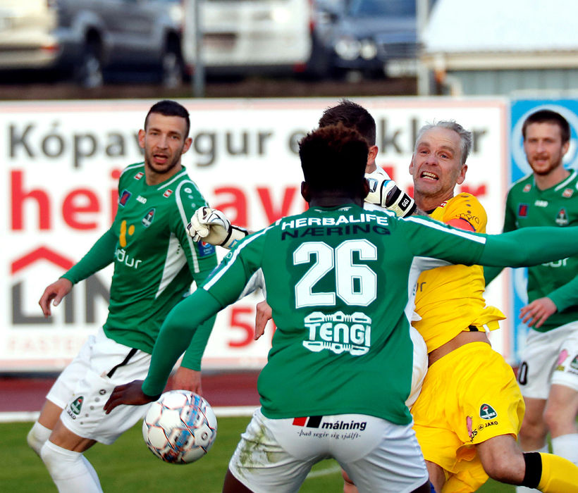 Damir Muminovic, lengst til vinstri.