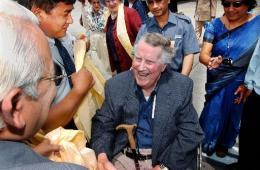 Edmund Hillary í Nepal fyrir nokkrum árum.