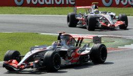 Silfurörvar McLaren drottnuðu í Monza sl. sunnudag.