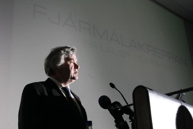 Davíð Oddsson, seðlabankastjóri á fundi Viðskiptaráðs