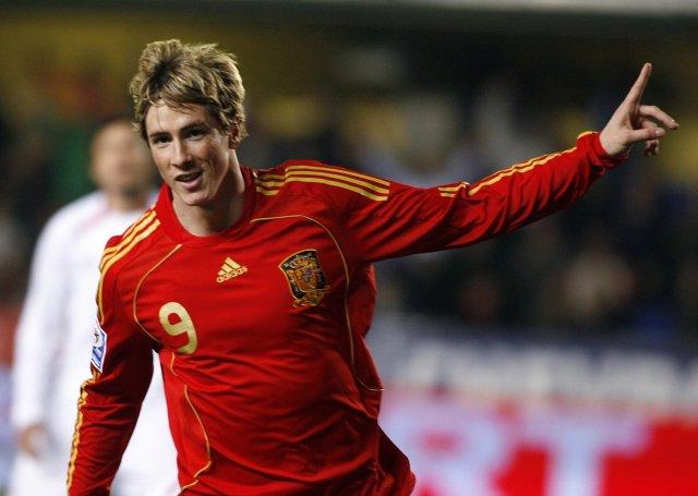 Fernando Torres er veikur fyrir í læri og meiðist aftur ...
