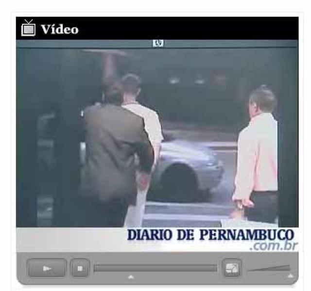 Brasilíska blaðið Diario de Pernambuco birti myndskeið þar sem lögregla ...