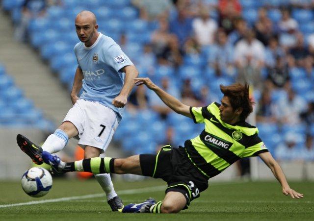 Stephen Ireland er farinn frá Manchester City til Aston Villa.