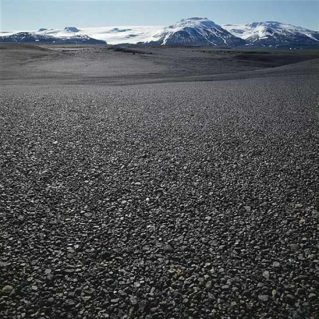 Á Sprengisandi; Hofsjökull í fjarska.