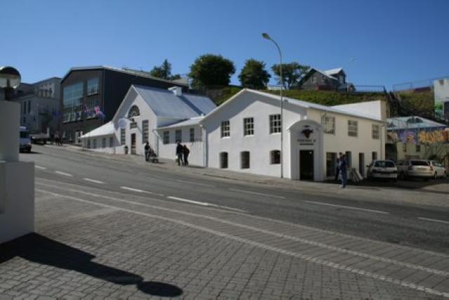 Friðrik V. í Gilinu á Akureyri.