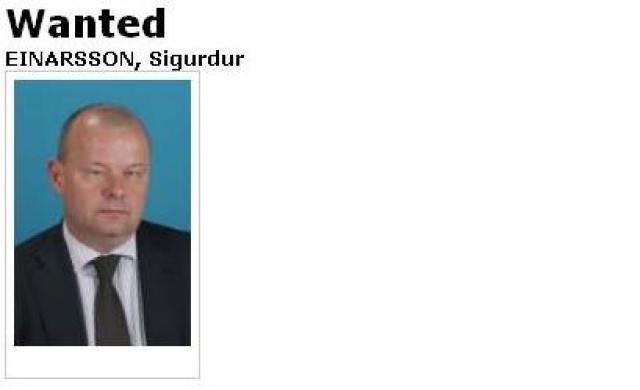 Sigurður Einarsson er eftirlýstur á vef Interpol, alþjóðalögreglunnar.