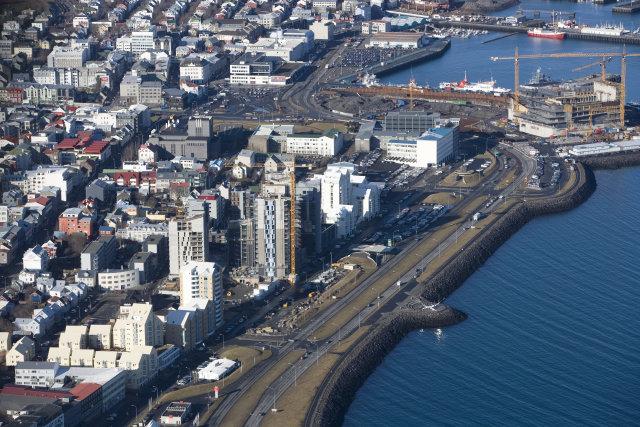 Enn er hentugra að kaupa en leigja í Reykjavík.