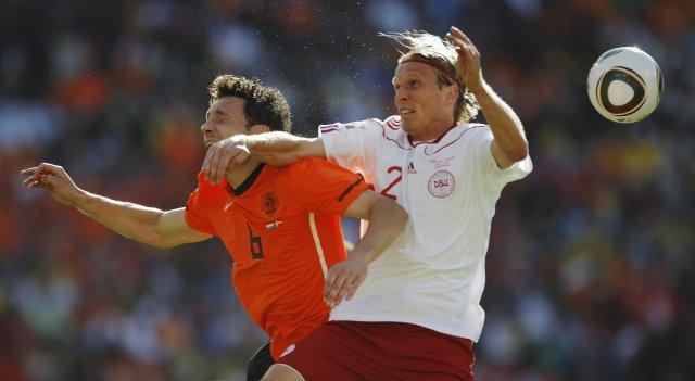 Danski landsliðsmaðurinn Christian Poulsen er kominn til Liverpool.