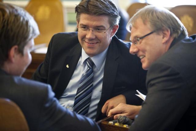 Gunnar Bragi Sveinsson á Alþingi ásamt fleiri þingmönnum.