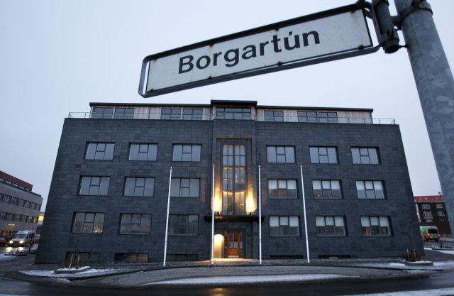 Kínverska sendiráðið á húsið að Skúlagötu 51.