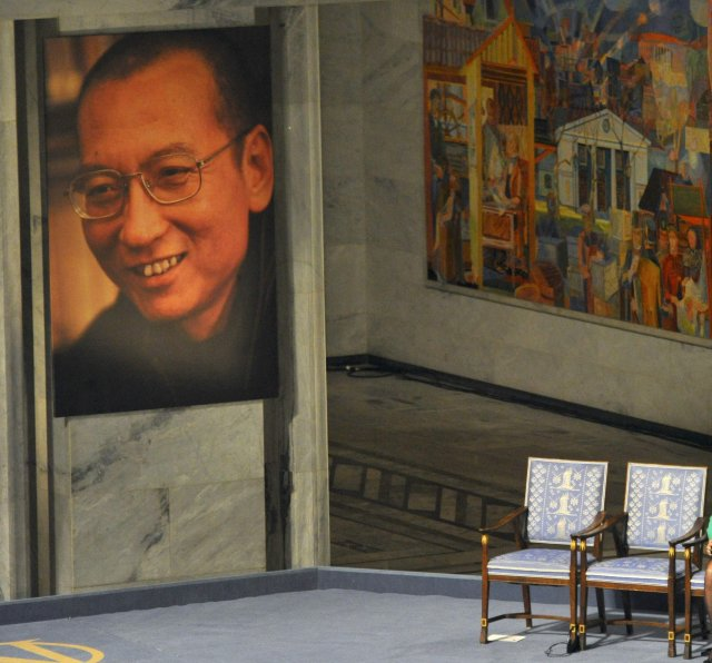 Autt sæti var þar sem Liu Xiaobo hefði setið ef ...