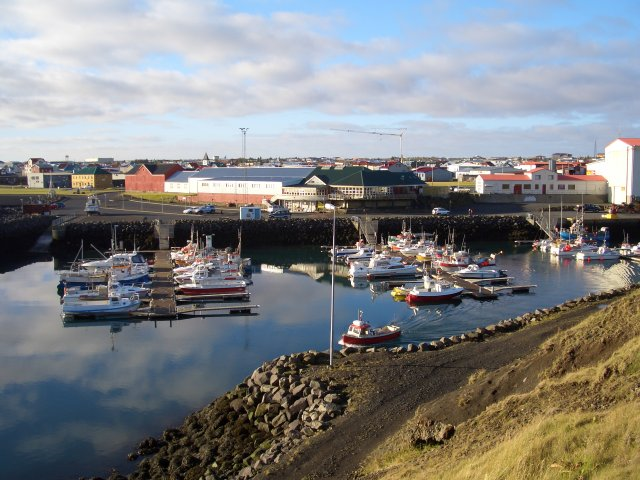 Fallegt yfir að líta við smábátahöfnina í Keflavík.