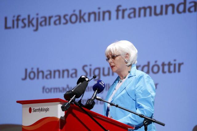 Jóhanna Sigurðardóttir á fundinum í dag.