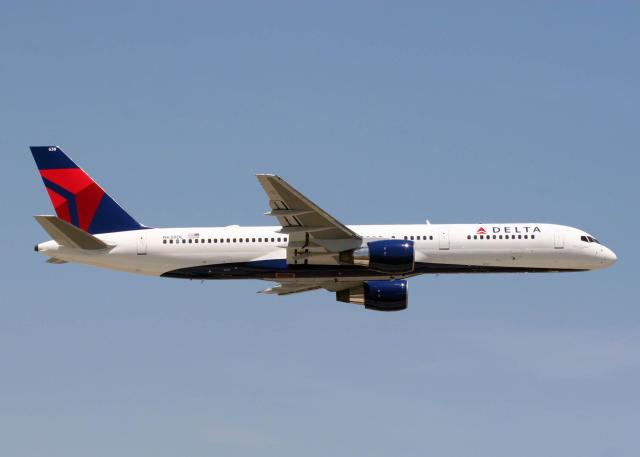 Farþegaþota Delta Air Lines af gerðinni Boeing 757.