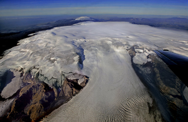 Seismologists fear Iceland's Katla volcano could erupt after 2 strong earthquakes