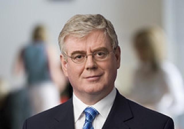 Eamon Gilmore, utanríkisráðherra Írlands.
