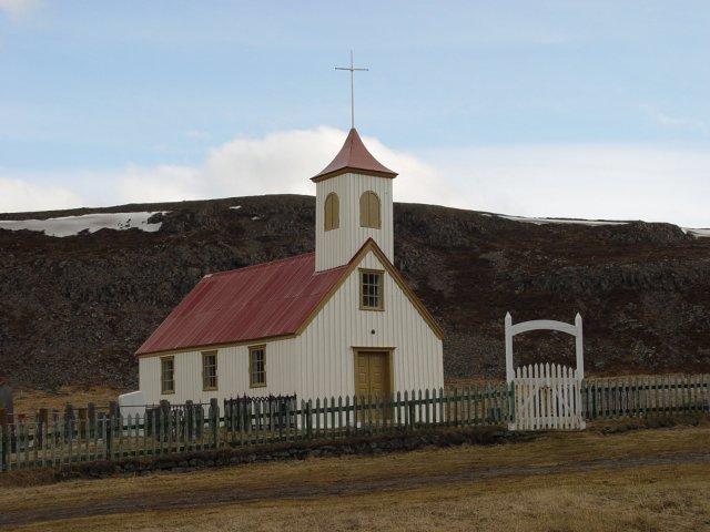 Ögurkirkja í Ögurvík, milli Skötufjarðar og Mjóafjarðar við Ísafjarðardjúp. Þjóðkirkja ...