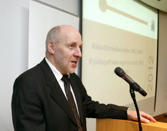 Steingrímur J. Sigfússon, efnahags- og viðskiptaráðherra.