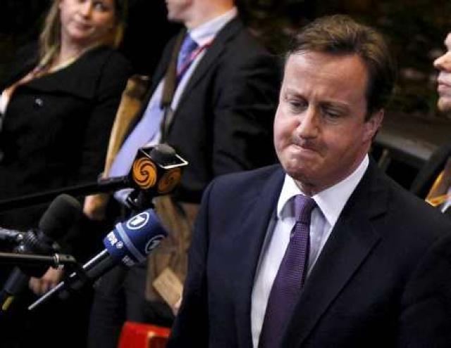 Cameron á leiðtogafundinum í Brussel.