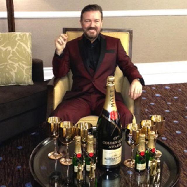 Ricky Gervais grínaðist með það að hann væri óhugnanlega ríkur ...