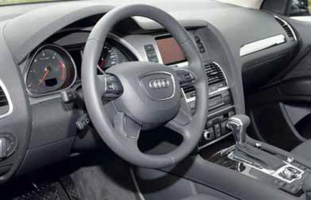 Audi er þekkt fyrir góðar innréttingar og ekki skaðar efnisval. ...