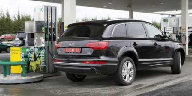 Audi Q7 er með þriggja lítra sparneytna dísilvél. Í reynsluakstri ...