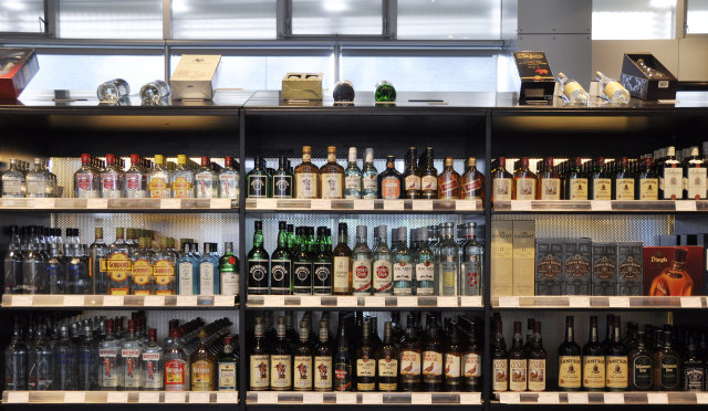 Proposals exist to allow the sale of alcohol in retail ...