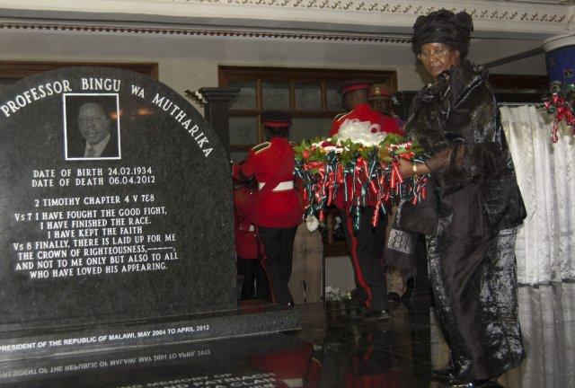 Joyce Banda var viðstödd jarðarför Bingu wa Mutharika sl. mánudag.