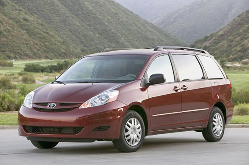 Toyota Sienna sendibíll.