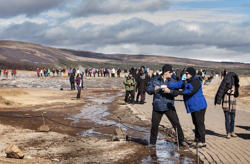 Rúmlega 380 milljónum verður úthlutað til uppbyggingar á ferðamannastöðum í ...