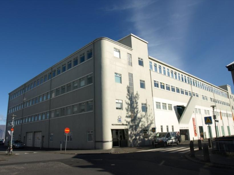 Velferðarráðuneytið er staðsett í Hafnarhúsinu við Tryggvagötu í Reykjavík.