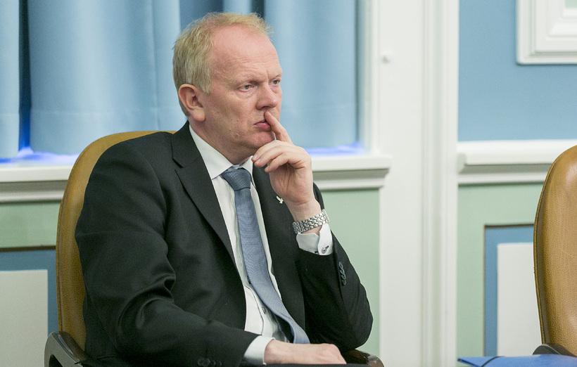 Illugi Gunnarsson menntamálaráðherra