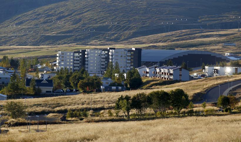 Íbúðalánasjóður á 92 fasteignir á Reyðarfirði.