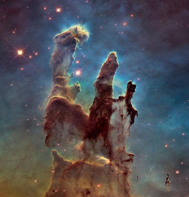 Stólpar sköpunarinnar í Arnarþokunni (Messier 16).