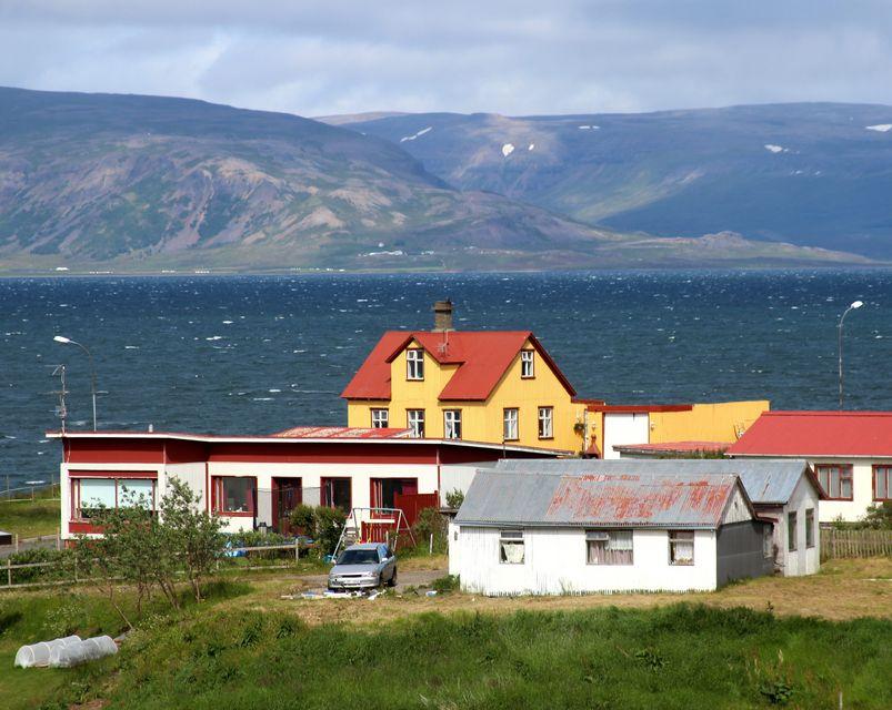 Umrætt svæði er innan sveitarfélagsins Dalabyggðar.