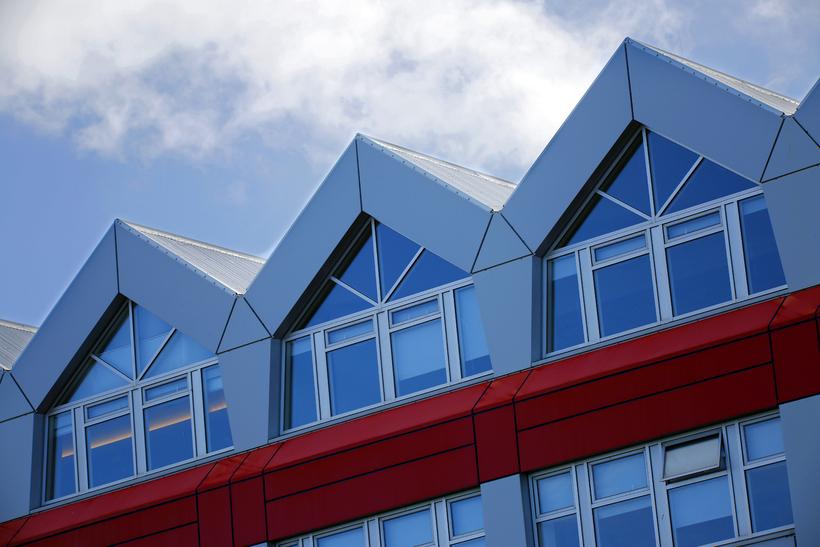Íslandsbanki hefur skipt úr Visa í Mastercard.
