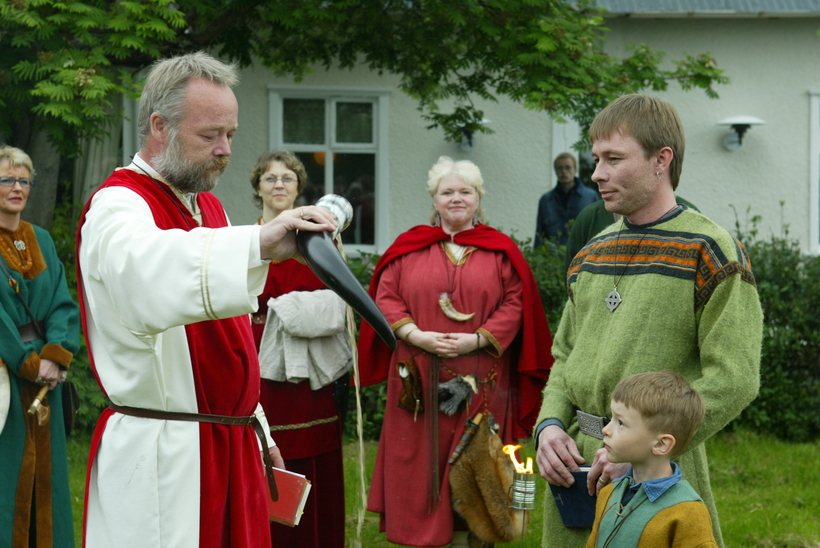 High Chieftain Hilmar Örn Hilmarsson on the left at an ...