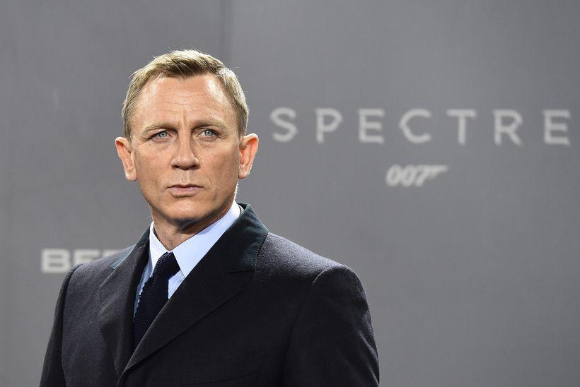 Daniel Craig ætlar að halda áfram að leika breska njósnarann ...