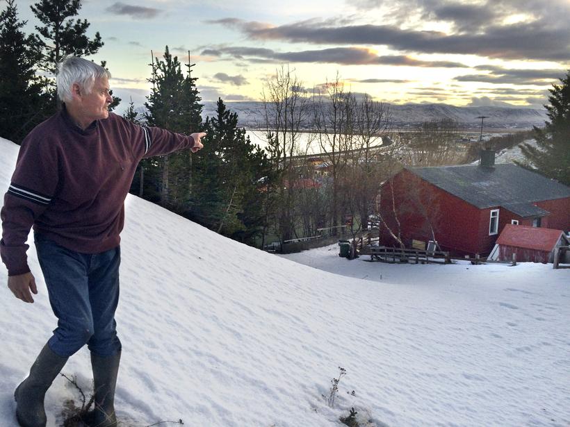 Eymundur Jóhannsson, íbúi við Kambastíg á Sauðárkróki