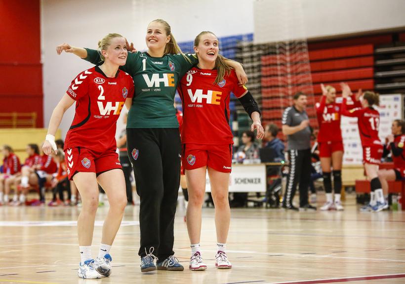 Ragnheiður Sveinsdóttir, Elín Jóna Þorsteinsdóttir og Karen Helga Díönudóttir.