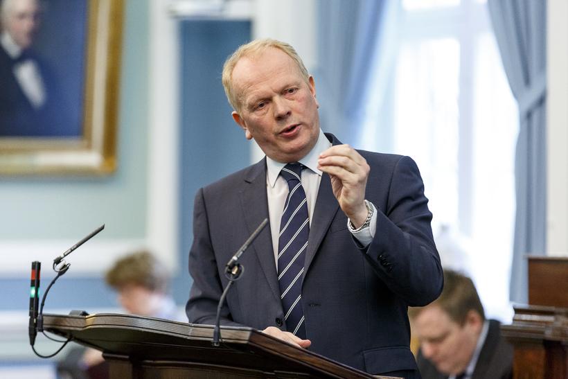 Illugi Gunnarsson, menntamálaráðherra.