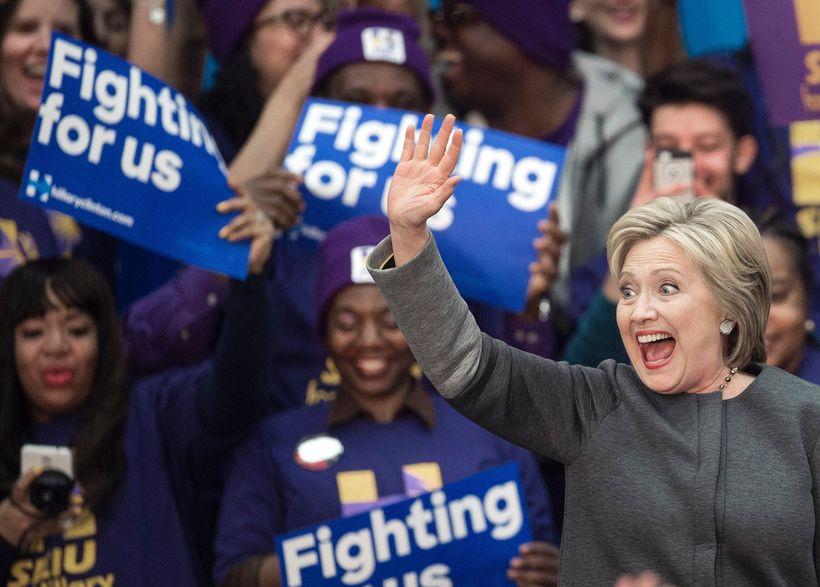 Hillary Clinton mun líklega auka við forskot sitt að loknum ...