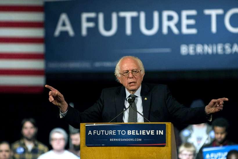 Kosið er í Vermont í dag, heimaríki Bernie Sanders, og ...