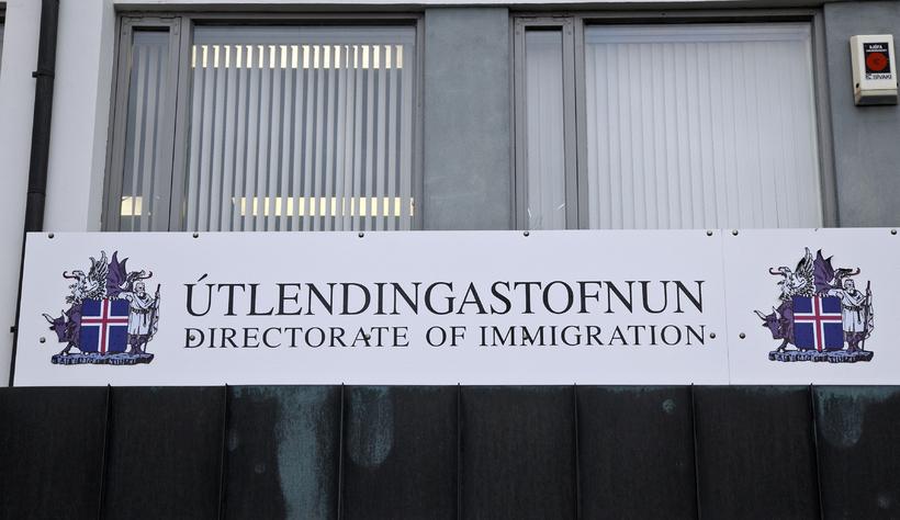 Stofnunin telur ekki hættu á að hælisleitendur verði fyrir árásum.